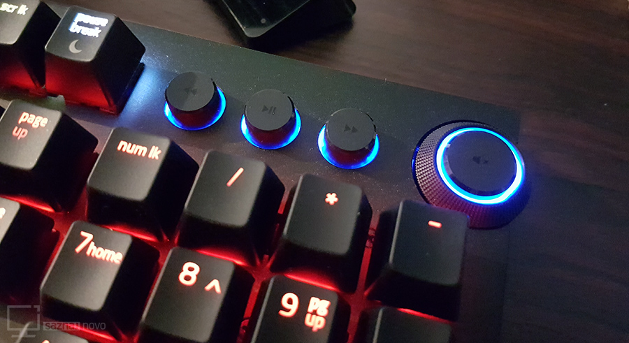 razer-blackwidow-elite-media-keys